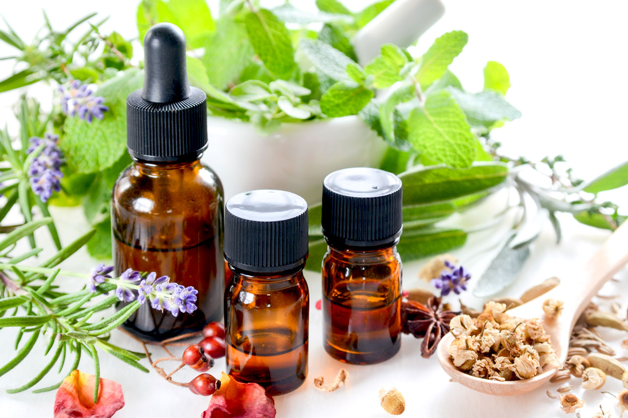 FAQ: Is Herbal Medicine Safe To Take With Other Medication?